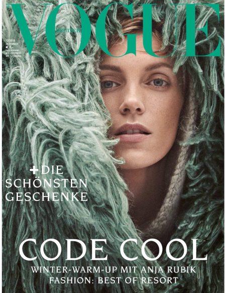 Vogue 2018-12